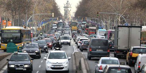 Motor vehicle, Traffic, Traffic congestion, Vehicle, Mode of transport, Transport, Thoroughfare, Car, Lane, Road,