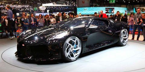 Land vehicle, Vehicle, Car, Auto show, Supercar, Automotive design, Sports car, Rim, Performance car, Automotive wheel system,