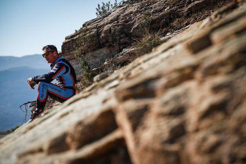 Mountain bike, Adventure, Downhill mountain biking, Cycling, Vehicle, Bicycle, Recreation, Extreme sport, Rock, Mountain biking,