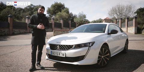 Land vehicle, Vehicle, Car, Luxury vehicle, Automotive design, Mid-size car, Personal luxury car, Full-size car, Sedan, Family car,