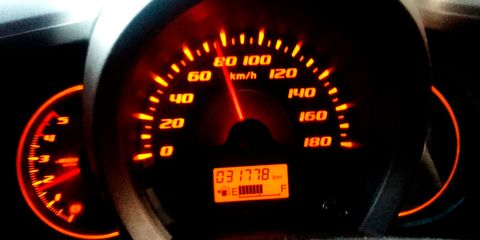 Speedometer, Tachometer, Gauge, Measuring instrument, Vehicle, Auto part, Odometer, Car, Tool, Trip computer,
