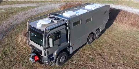 Land vehicle, Vehicle, Transport, Car, Mode of transport, Truck, Automotive exterior, Automotive wheel system, Model car, Auto part,