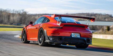 Land vehicle, Vehicle, Car, Supercar, Performance car, Automotive design, Sports car, Rim, Porsche, Porsche 911 gt3,