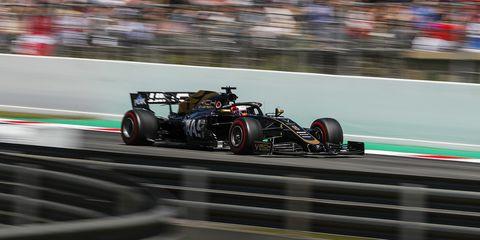 Land vehicle, Vehicle, Formula one, Motorsport, Formula libre, Race car, Formula one tyres, Formula one car, Race track, Racing,
