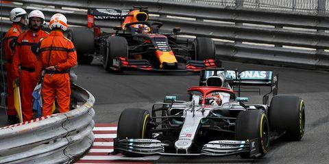 Land vehicle, Formula one, Vehicle, Tire, Race car, Sports, Formula one car, Racing, Open-wheel car, Motorsport,