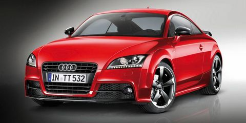 Automotive mirror, Automotive design, Mode of transport, Vehicle, Land vehicle, Car, Transport, Red, Grille, Personal luxury car,