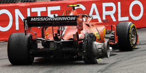 Land vehicle, Vehicle, Motorsport, Tire, Formula libre, Formula one tyres, Formula one, Automotive tire, Formula one car, Race car,