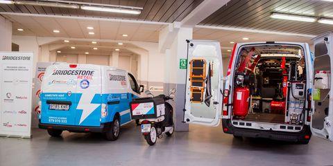 Motor vehicle, Vehicle, Car, Transport, Commercial vehicle, Mode of transport, Ambulance, Emergency vehicle, Emergency, Machine,