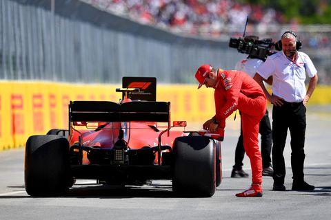 Land vehicle, Formula one, Formula libre, Formula one tyres, Formula one car, Formula racing, Vehicle, Race car, Motorsport, Race track,