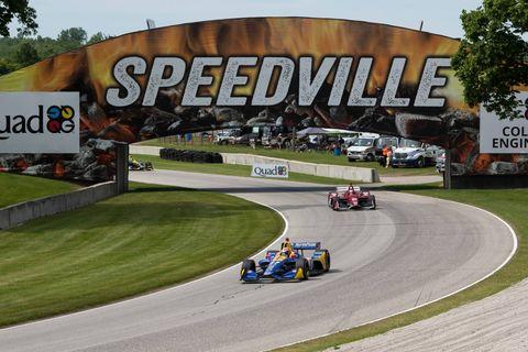 Race track, Vehicle, Sports car racing, Motorsport, Racing, Endurance racing (motorsport), Race car, Car, Stock car racing, Sport venue,