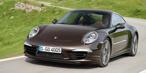 Motor vehicle, Wheel, Automotive design, Mode of transport, Vehicle, Transport, Land vehicle, Rim, Vehicle registration plate, Car,