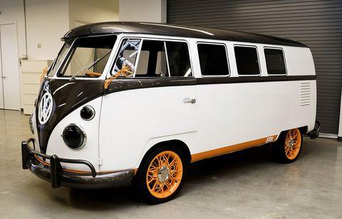 Land vehicle, Vehicle, Car, Motor vehicle, Van, Volkswagen type 2, Samba, Transport, Automotive design, Mode of transport,