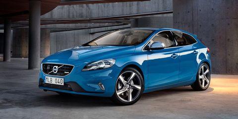 Tire, Wheel, Automotive design, Mode of transport, Blue, Vehicle, Transport, Car, Grille, Rim,