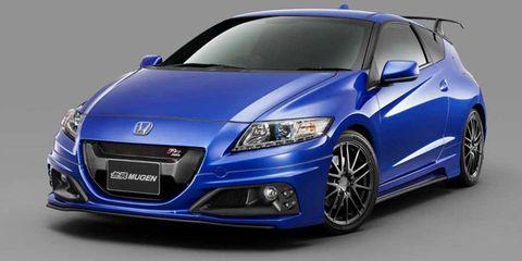 Motor vehicle, Automotive design, Blue, Mode of transport, Automotive mirror, Daytime, Vehicle, Hood, Glass, Transport,