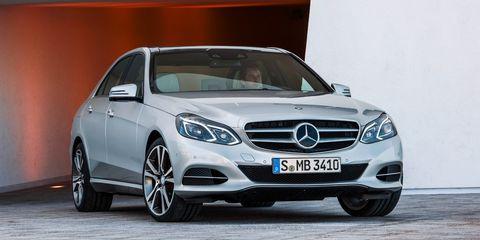 Tire, Wheel, Mode of transport, Automotive design, Vehicle, Grille, Automotive wheel system, Car, Mercedes-benz, Automotive tire,