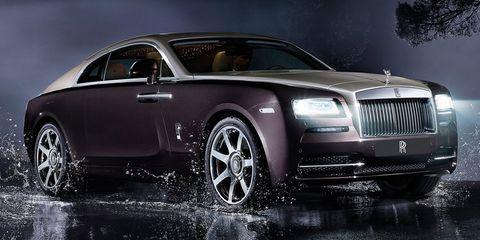 Tire, Wheel, Automotive design, Vehicle, Land vehicle, Headlamp, Car, Hood, Automotive tire, Rim,