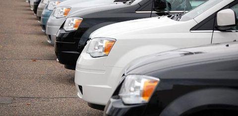 Motor vehicle, Tire, Automotive tire, Automotive mirror, Automotive design, Vehicle, Automotive lighting, Hood, Headlamp, Automotive parking light,