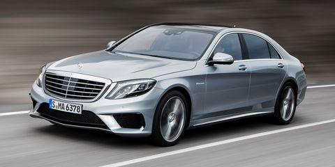 Automotive design, Vehicle, Car, Grille, Mercedes-benz, Alloy wheel, Spoke, Rim, Automotive lighting, Personal luxury car,