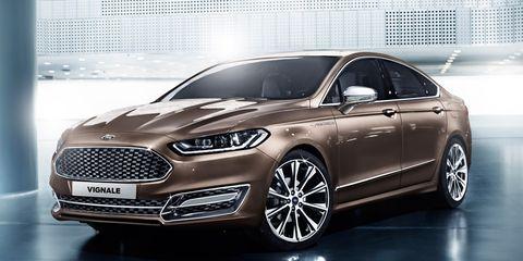 Tire, Wheel, Mode of transport, Automotive design, Product, Vehicle, Headlamp, Car, Grille, Alloy wheel,