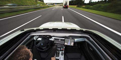 Motor vehicle, Mode of transport, Automotive design, Road, Vehicle, Automotive mirror, Glass, Infrastructure, Steering part, Steering wheel,