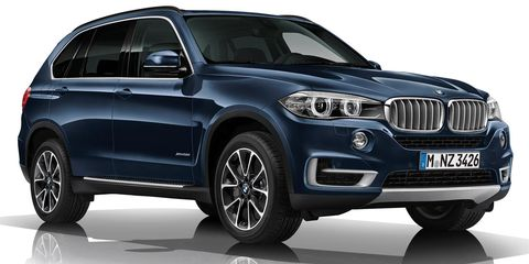 Tire, Wheel, Automotive design, Mode of transport, Vehicle, Automotive exterior, Automotive tire, Land vehicle, Car, Automotive lighting,
