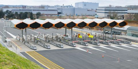 Infrastructure, Airport, Urban design, Runway, Parking, Cone, Tar, Transport hub, Airport apron, Lane,