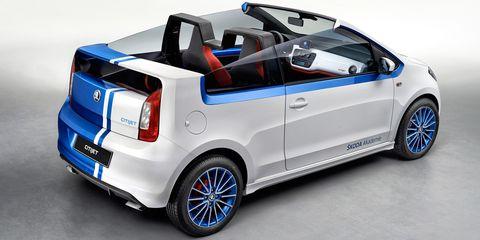 Tire, Wheel, Motor vehicle, Automotive design, Blue, Vehicle, Car, Rim, Vehicle door, Automotive wheel system,