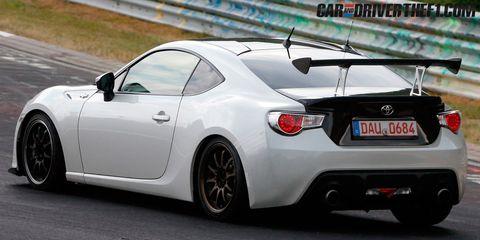 Wheel, Tire, Mode of transport, Automotive design, Vehicle, Automotive lighting, Car, Performance car, Rim, White,