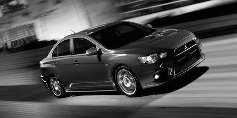 Tire, Wheel, Motor vehicle, Automotive design, Vehicle, Automotive tire, Land vehicle, Automotive lighting, Rim, Automotive mirror,
