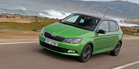 Motor vehicle, Tire, Wheel, Automotive design, Mode of transport, Automotive mirror, Vehicle, Green, Automotive exterior, Land vehicle,