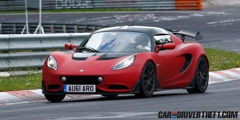 Tire, Wheel, Mode of transport, Automotive design, Vehicle, Car, Performance car, Sports car, Hood, Supercar,