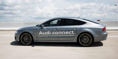 Tire, Wheel, Motor vehicle, Mode of transport, Automotive tire, Alloy wheel, Automotive design, Vehicle, Automotive wheel system, Rim,