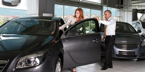 Automotive design, Vehicle, Land vehicle, Car, Glass, Vehicle door, Mid-size car, Full-size car, Personal luxury car, Luxury vehicle,
