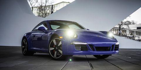 Tire, Motor vehicle, Wheel, Mode of transport, Automotive design, Vehicle, Transport, Rim, Performance car, Automotive lighting,