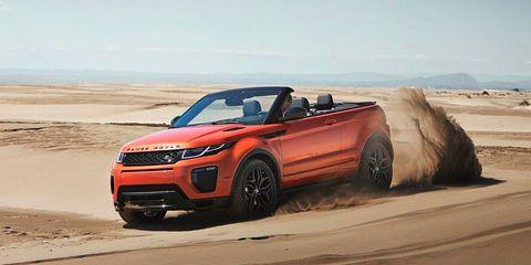 Tire, Wheel, Automotive design, Vehicle, Natural environment, Land vehicle, Sand, Automotive tire, Landscape, Car,