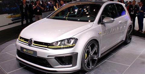 Tire, Automotive design, Vehicle, Event, Land vehicle, Car, Alloy wheel, Hatchback, Rim, Bumper,