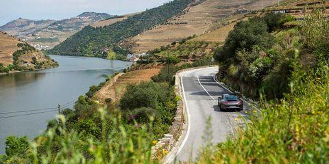 Nature, Road, Plant, Mountainous landforms, Infrastructure, Water resources, Natural landscape, Hill, Highland, Landscape,