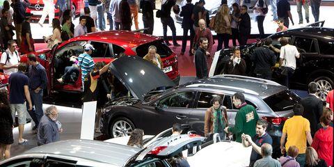 Automotive design, Vehicle, Event, Land vehicle, Car, Personal luxury car, Performance car, Luxury vehicle, Sports car, Exhibition,