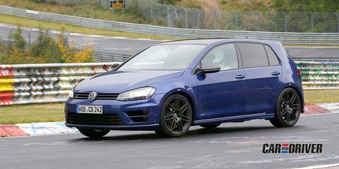 Land vehicle, Vehicle, Car, Hatchback, Volkswagen, Volkswagen golf, Volkswagen gti, Automotive design, Rim, Hot hatch,