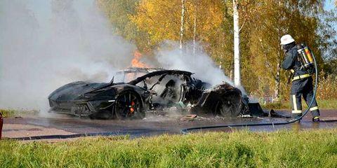 Smoke, Helmet, Rim, Automotive tire, Pollution, Auto part, Crash, Emergency service, Geological phenomenon, Service,