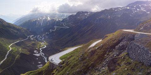 Mountainous landforms, Highland, Mountain range, Hill, Landscape, Valley, Ridge, Mountain, Hill station, Terrain,
