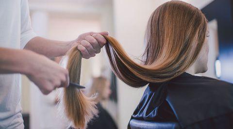 Hair, Hairstyle, Long hair, Hair coloring, Blond, Hairdresser, Layered hair, Step cutting, Beauty salon, Artificial hair integrations,