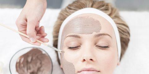 Cheek, Skin, Eyebrow, Eyelash, Jaw, Organ, Kitchen utensil, Photography, Makeover, Skin care,