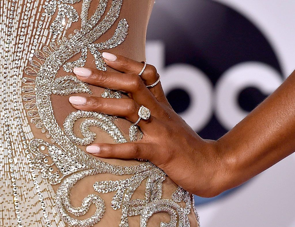 Uñas - Trucos y consejos para unas uñas radiantes