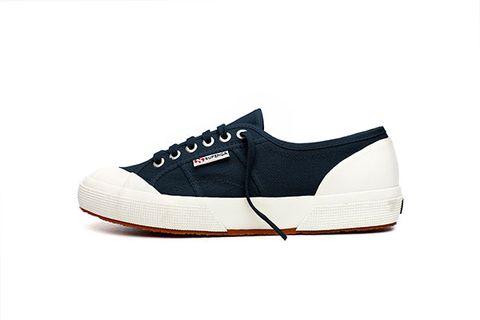 Footwear, Product, Shoe, Sportswear, White, Sneakers, Line, Logo, Tan, Light,