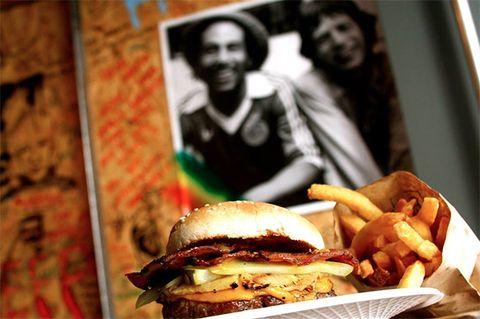 Sandwich, Finger food, Food, Ingredient, Meal, Fried food, Baked goods, French fries, Cuisine, Breakfast,