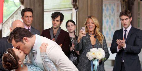 Coat, Event, Trousers, Shirt, Photograph, Suit, Outerwear, Bouquet, Happy, Formal wear,