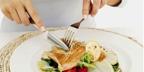 Finger, Food, Cuisine, Dishware, Ingredient, Hand, Tableware, Plate, Dish, Serveware,