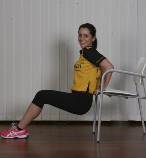Tabla de ejercicios para hacer en casa: tríceps