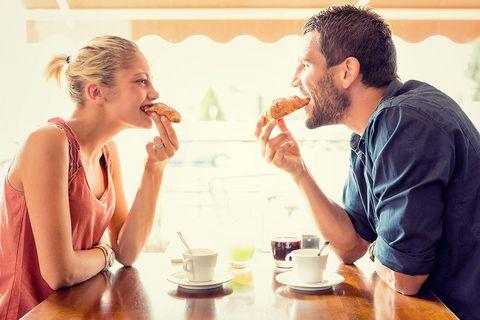 Cómo saber si un hombre está enamorado